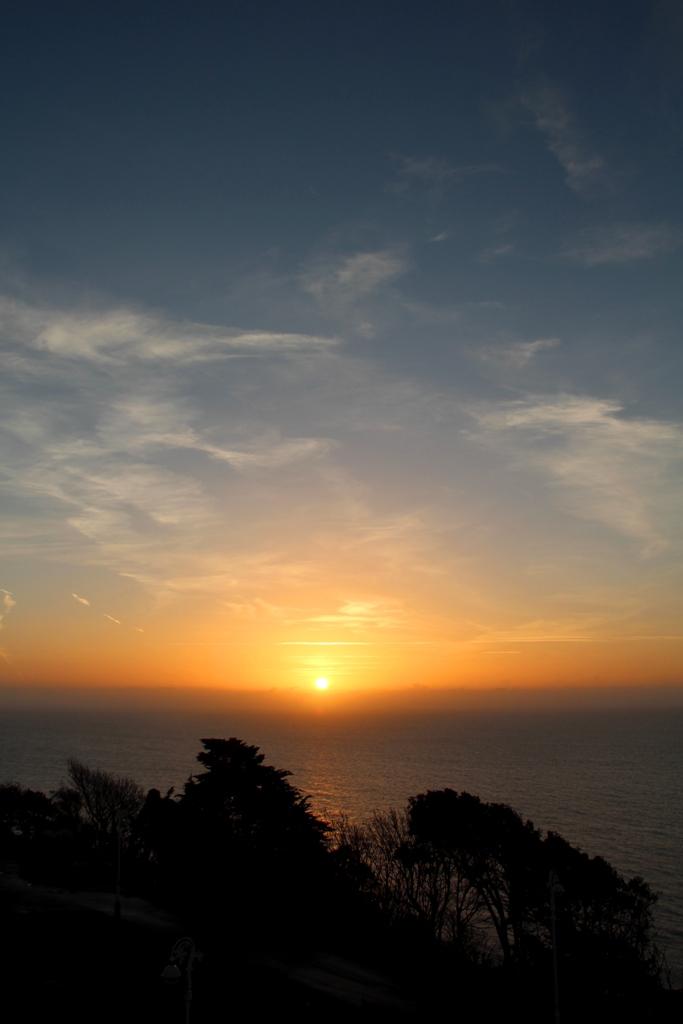 1 - Titel Folkestone Sonnenaufgang