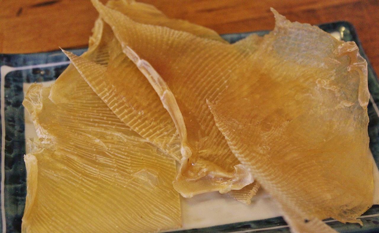 15 Getrocknete Rochenflügel