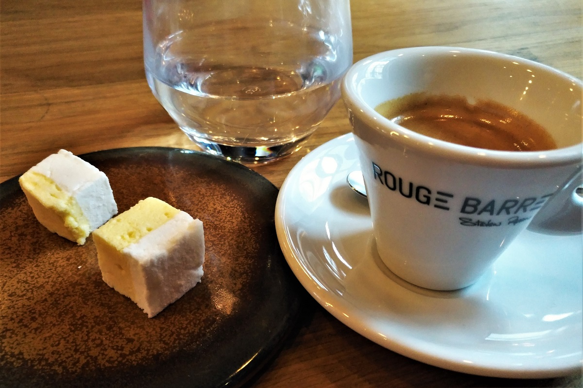 Rouge Barre Lille Café