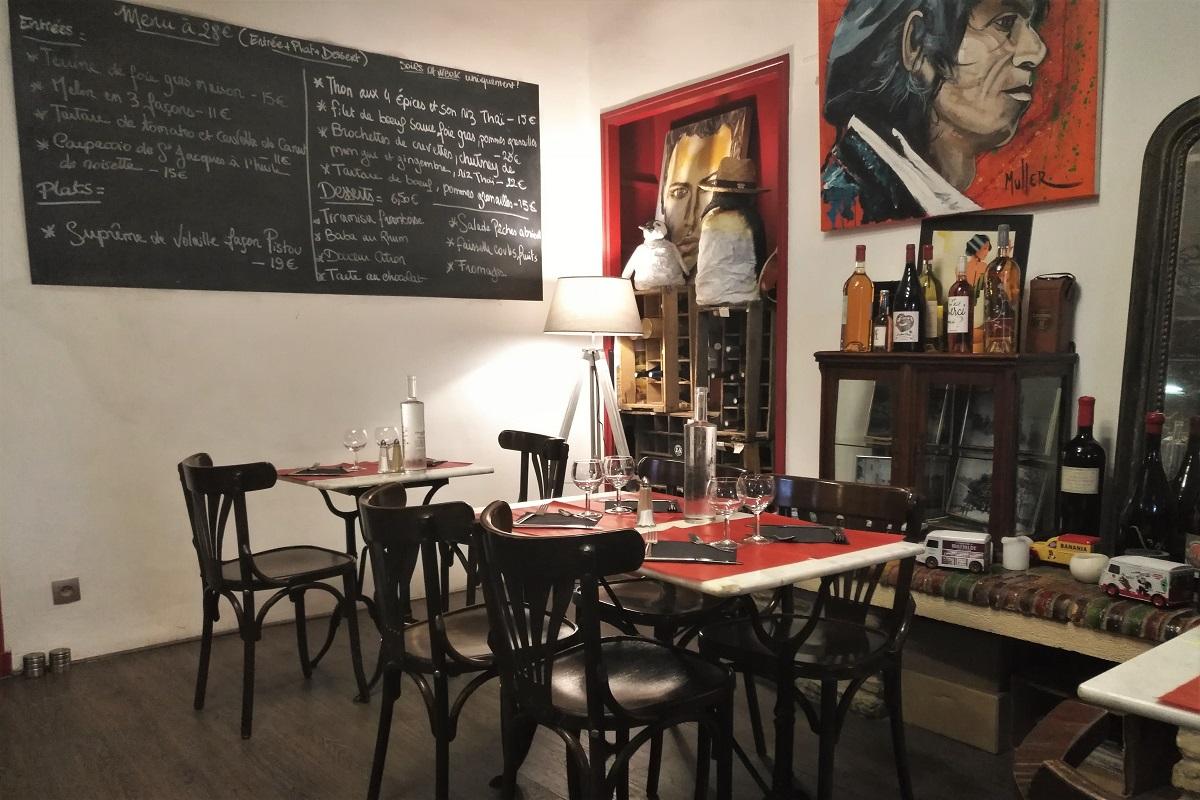 Provence Restaurant Rochegude Café des Cours