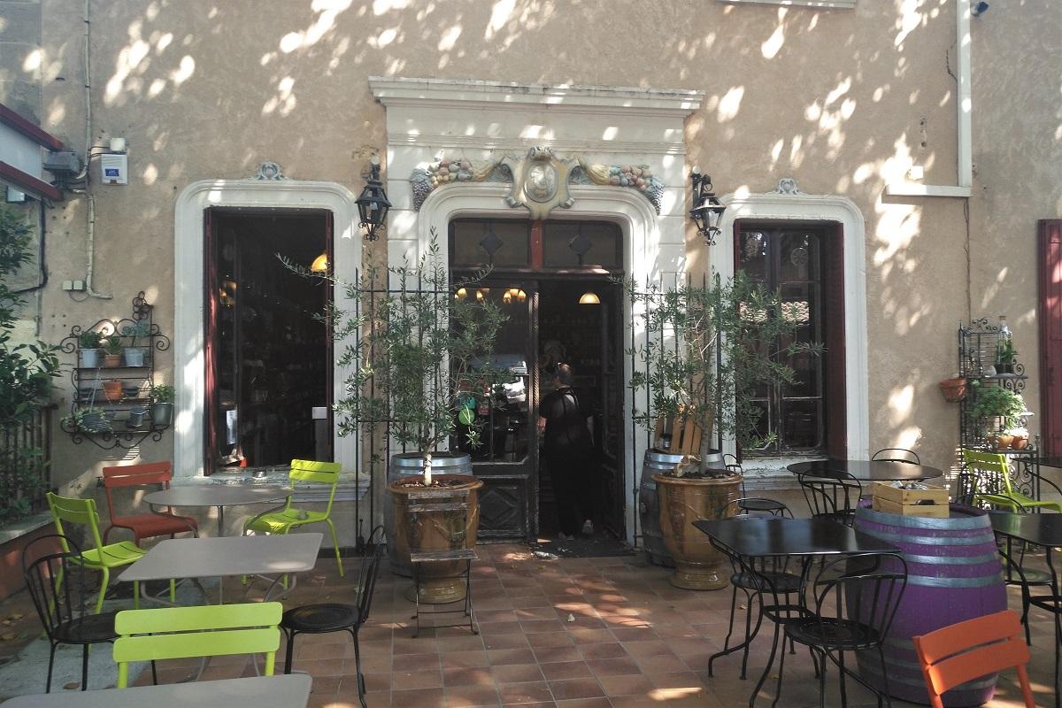 Provence Restaurant Cairanne Le Tourne au Verre