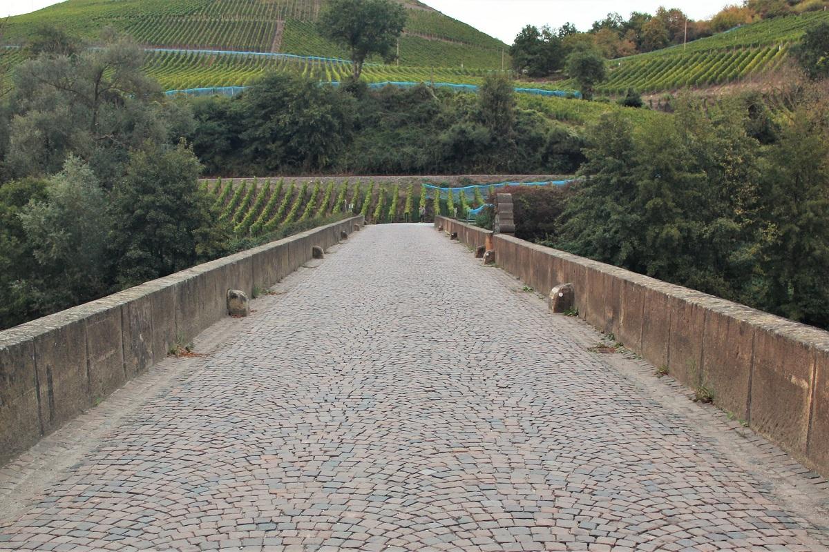 Weinreise Nahe Oberhausen Brücke