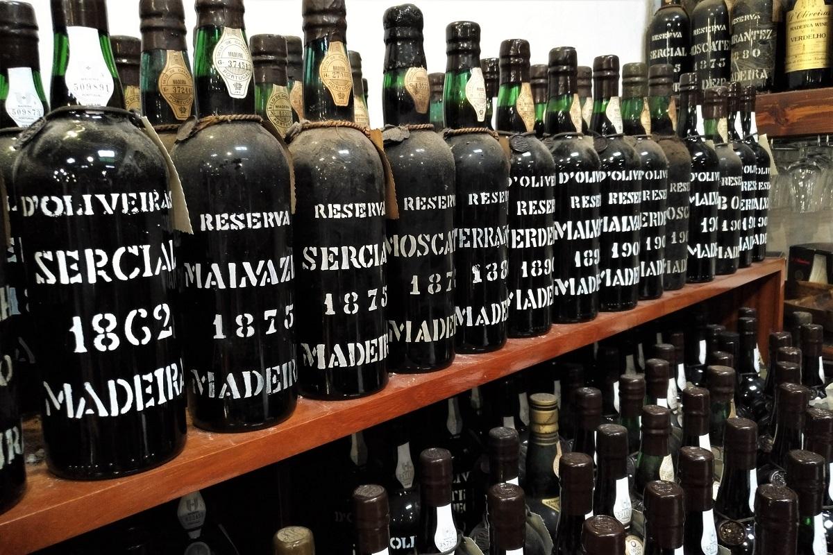 Madeira Wein d'Oliveiras