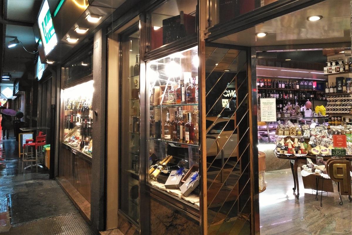 Italien Bari Wein Salumaio