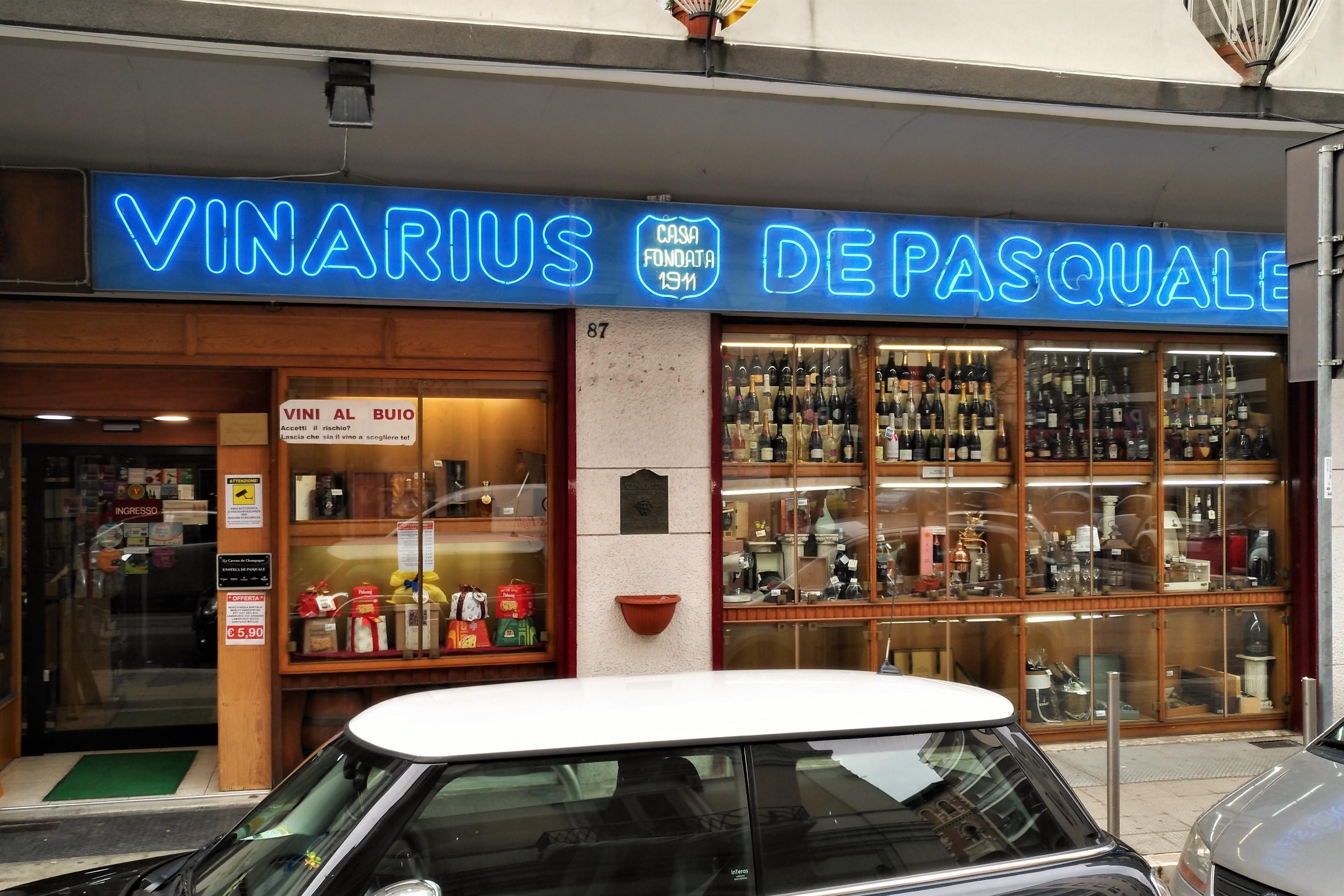 Italien Bari Wein Vinarius