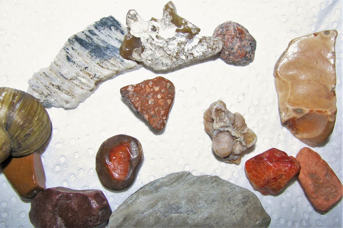 Steine aus der Loire Anjou